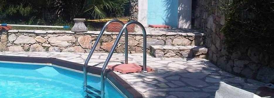 echelle inox de piscine